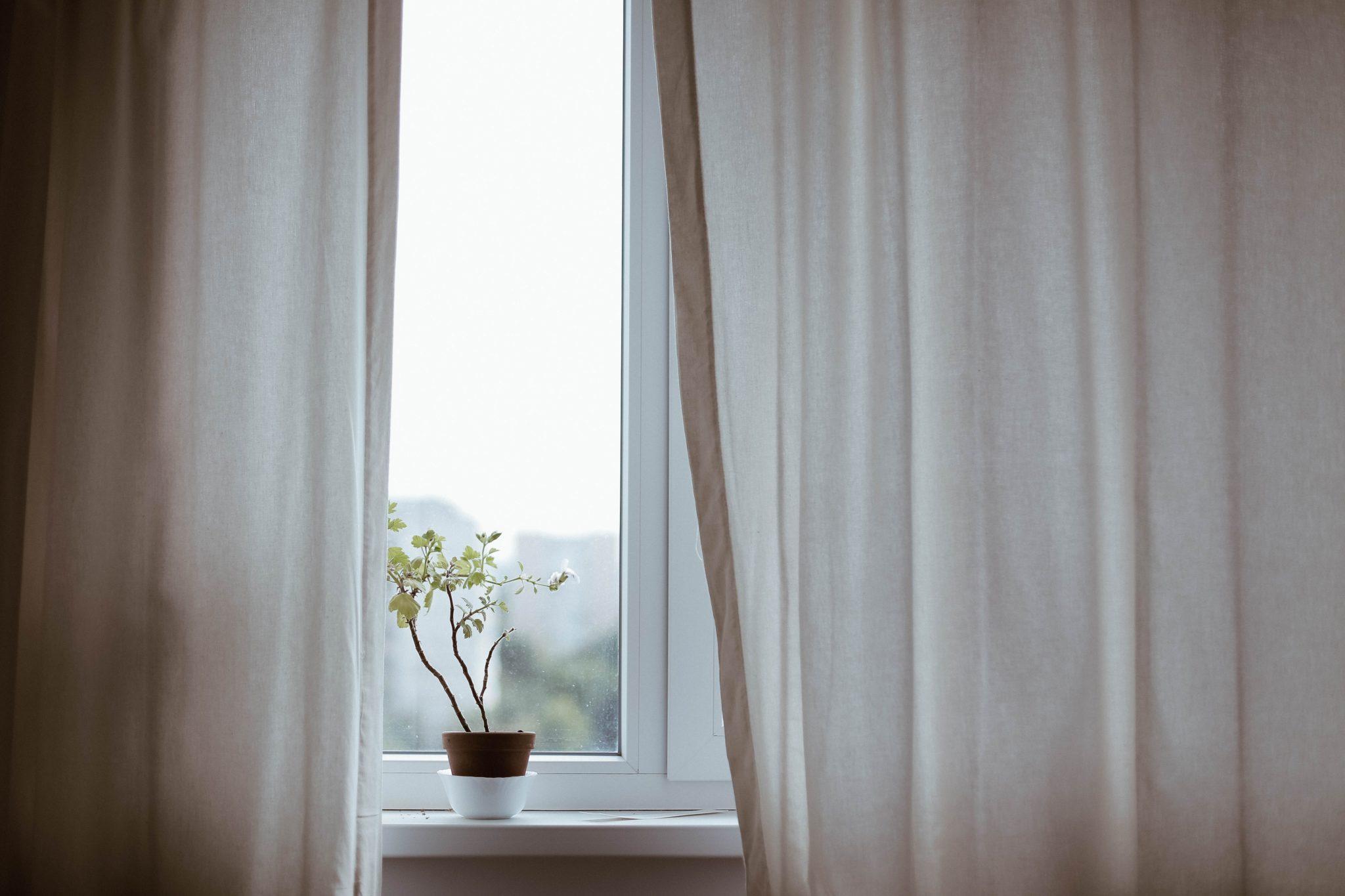 Puhtaat ikkunat Kotova - Ikkunanpesu